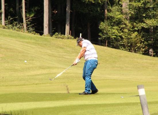 グループコースの榊原温泉ゴルフ倶楽部で「第8回実業団対抗ゴルフ選手権 西日本決勝大会」が開催されました。